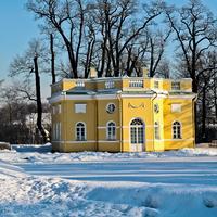 """Екатерининский парк. Павильон """"Верхняя ванна""""."""