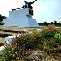 памятник воинам-освободителям поселка
