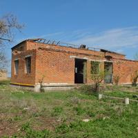 руины бывшего клуба