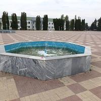 фонтан- вид на площадь