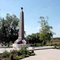 стела памяти павших на братской могиле кирпичного завода