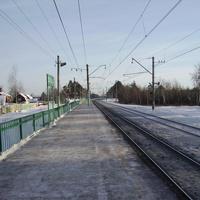На 63-м километре платформы стоят поодаль