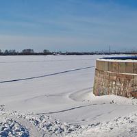 Вид на Северную Двину в марте 2013 года