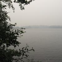 Озеро и деревня Каменное