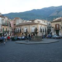 Piazza Margherita, Castelbuono