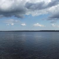 Сенежское озеро, вид с окраины города