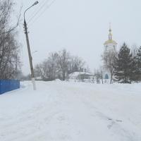 Церковь Успения Божией Матери. Успенская площадь, дом 1. Снегопад, март 2013.