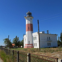 Бердянский маяк на дальней косе