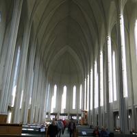 Рейкьявик-интерьер кафедрального собора