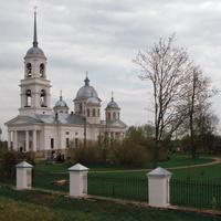 Общий вид на храм