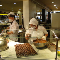 Сан-Карлос- де- Барилоче, приготовление шоколада