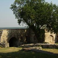 Стены крепости.
