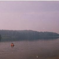 Алексейково. Озеро Павловское. 2000 г. Дымка над озером от лесных пожаров.