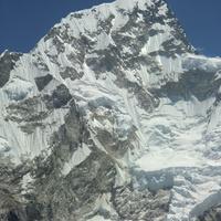 Нупцзе (7896 м)