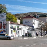 В центральной части населенного пункта