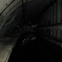 Одна из штолен на бывшем заводе по ремонту подводных лодок