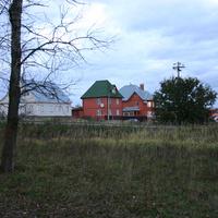 Дома на окраине