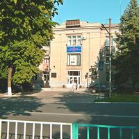 Центральный вход Машзавода.