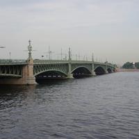 Большой Невский мост