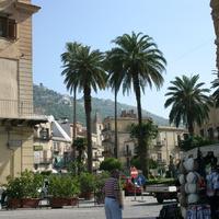 Piazza Guglielmo Il Normanno