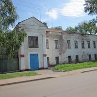 Военкомат, ул.Коммунаров.