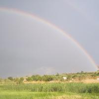 Радуга над небом Мирного появляется в мае каждого года
