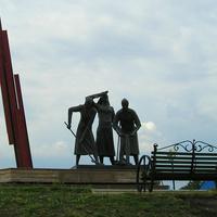 Памятник строителям железной дороги в годв ВОВ.