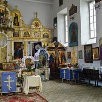 Озёрская церковь внутри.