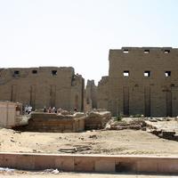 Главный (западный) вход в священный комплекс Амона-Ра в Карнаке