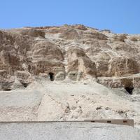 Гробницы в Дейр эль-Бахри