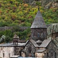 Общий вид монастыря Гегард