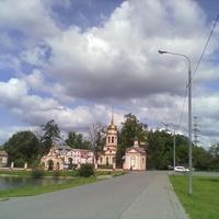 Вид на храм в Алтуфьево