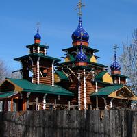Кузино. Церковь Николая и Александры, царственных страстотерпцев. 2013 г