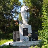 Памятник односельчанам погибшим в годы войны