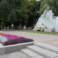 Полтава. Памятник Тарасу Шевченко.