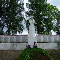 Памятник павшим в ВОВ (Покровское)