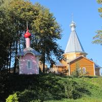 Дудачкино, церковь и часовня Михаила Архангела, другой ракурс