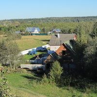 деревня Посадница на реке Сясь, часовенка