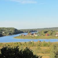 деревня Посадница на реке Сясь