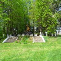 Памятник загиблим вїнам