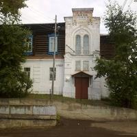 Енисейск. Здание бывшего уездного училища. XIX век.
