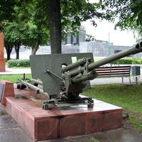 76 милиметровая противотанковая пушка ЗИС - 3