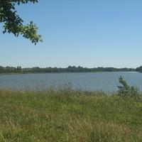 озеро Долгое около д.Глыбочка