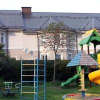 Детская площадка в Изварино