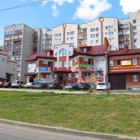 Торговый центр на Большой Нижегородской улице