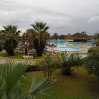 Внутренняя территория отеля Карибиан