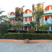 Один из корпусов отеля Карибиан