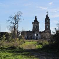 Введенская церковь в Хотово