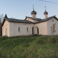 Церковь Василия Кессарийского в Чернавино