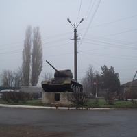 Памятник освободителям Беляевки - конно-механизированной группе И. А. Плиева